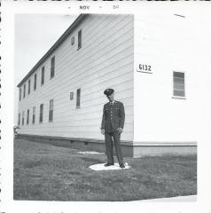 sonny_barracks_6132_lacklandafb_nov_1964.jpg
