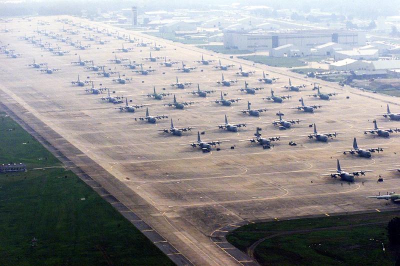 Little-Rock-AFB-Flightline.jpg