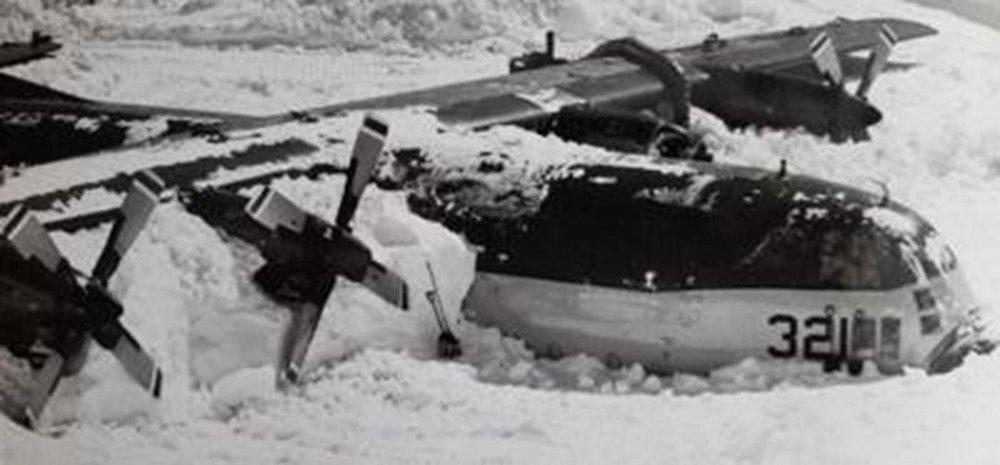 Frozen C-130.jpg